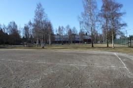 Monitoimihallin mahdollinen paikka on Tuunan kentällä, kuvassa taka-alalla siintävän jäähallin vieressä.