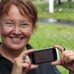 Virtuaalikoiralla on hyvä harjoitella ennen oikean lemmikin hankkimista, sanoo Pink Rosen toimitusjohtaja ja Wuhwuhin kehittäjä Taru Saukkonen.