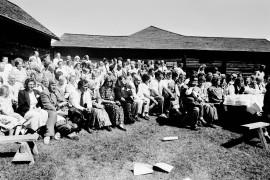 Samuel Kauppilan sukuseura piti ensimmäisen sukujuhlansa lauantaina, jolloin tuli kuluneeksi 100 vuotta talousneuvos Aarne Kauppilan syntymästä. Laitilan Sanomat 13.7.1994.
