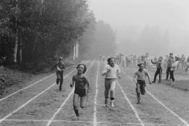 Pyhärannan koululaiskisojen 3 - 4 -luokkalaisten tyttöjen loppusuoritus 60 metrillä oli näin vauhdikas. Laitilan Sanomat 11.9.1981