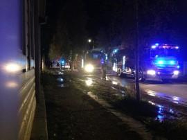 Suurpalovaaran takia Uudenkaupungin tulipaloa oli sammuttamassa kaikkiaan yli 20 pelastuslaitoksen yksikköä ja erikoiskalustoa. Palon syttymissyy on vielä epäselvä.