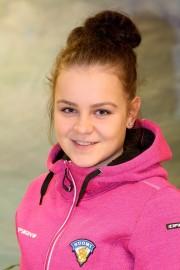 Laitilan Jyskeen Nora Niemikko pelaa Venäjällä EHT-jääkiekkoturnauksessa. Hän kuuluu alle 18-vuotiaiden tyttöjen maajoukkueeseen. Kuva: Ville Juuti