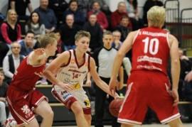 Eero Lehtonen nakutti edellisessä kohtaamisessa piste-ennätyksensä, 13 pistettä sataprosenttisella heittopelillä. Kuva: FotoMika