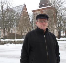 Mauri Markkanen kiittelee kirkon tekevän hyvää sekä yksilölle että yhteisölle.