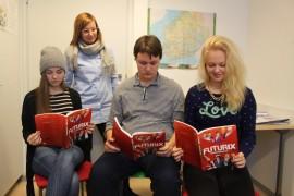 Ysiluokkalaiset Viivi Soini, Martti Nirhamo ja Taru Kylä-Kaila ovat jo tulevan oppilaitoksensa päättäneet. Koulun opo Merja Rautarinta on ollut päätösprosessissa tukena.
