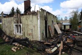Ulkorakennus tuhoutui tulipalossa Laitilan Untamalassa maanantaina.