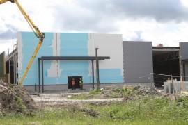 Uusi tavaratalo kohoaa aivan Laitilan keskustan tuntumaan. Rakennustyöt ovat edistyneet vauhdikkaasti.