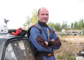 Ville Pyysalo edustaa Vakka-Suomen Urheiluautoilijoita.