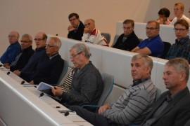 Sijoitusilta keräsi runsaasti kuulijoita Laitilan kaupungintalon valtuustosaliin.