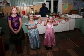 Nämä prinsessat ihastuttivat Poukan talolla viime vuonna.