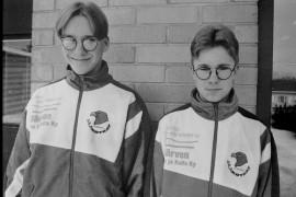 Laitilan pojat Kalle Heininen ja Janne Kilpi päättivät siirtyä Uudenkaupungin Jää-Kotkiin, koska halusivat pelata oman ikäluokkansa joukkueessa. Laitilan Sanomat 3.4.1996