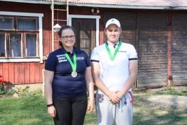 Skeet-ampujat Niina ja Sami Aaltonen kisasivat edellisviikolla Saksan Suhlissa nuorten maailman cupissa. Niina tuli oman sarjansa henkilökohtaisessa kilpailussa toiseksi ja Sami voitti joukkuehopeaa. Kuva: Hanna Hyttinen