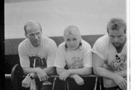 Ari Oksanen ja Pekka Anttila uskovat Laitilan Voimailijoiden uuteen kykyyn Anne Heikkilään. Laitilan Sanomat 7.8.1996