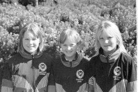 Neljä mestaruutta pm-sisulisämaastoista. 10-tytöt Krista Saarela, Laura Lähteenmäki ja Laura Uotinen yllättivät iloisesti joukkuemestaruudellaan. Laitilan Sanomat 13.9.1996