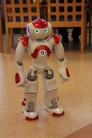 Humanoidirobotti Zora on tarkoitettu hoiva-alan vuorovaikutuskäyttöön.